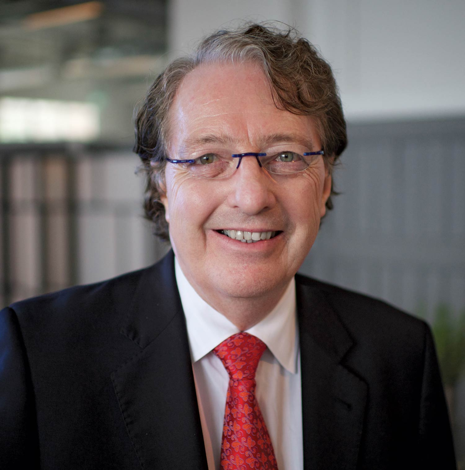IMF Chairman and multiple myeloma expert Dr. Brian G.M. Durie professional headshot