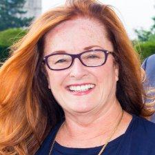 Diane Moran Headshot