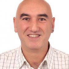 Serdar Headshot